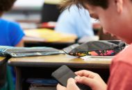What Are The Pros & Cons Of Using Technology In Classrooms?